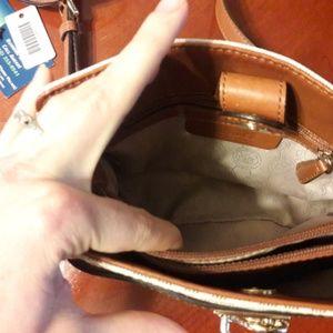 Michael Kors Bags - Michael Kors Hamilton Crossboday